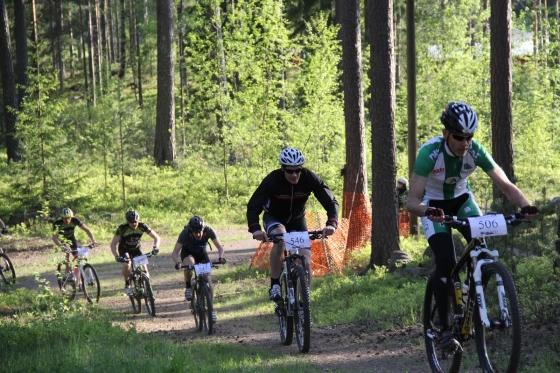 Sport-klassen på väg uppför startbacken. Foto Tomas Jansson.